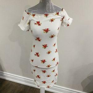 Forever 21 off-the-shoulder floral dress